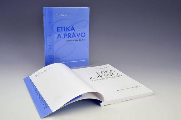 knihy_mu04011