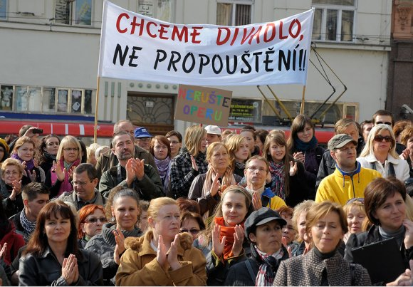 protest_opery016