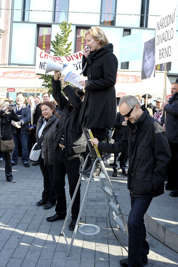 protest_opery030