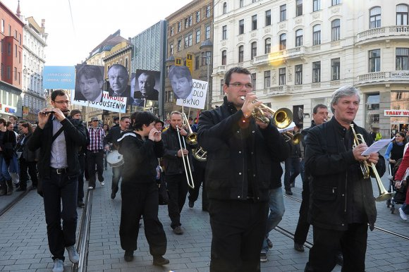 protest_opery034