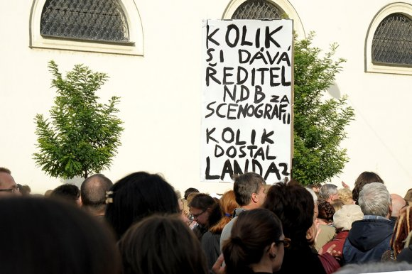 protest_opery039